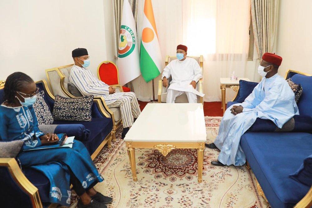 Le PR, Chef de l'Etat, SEM Issoufou Mahamadou, a reçu vendredi, 1er janvier 2021, le  Représentant  Spécial du Secrétaire Général des Nations Unies pour l'Afrique de l'Ouest et le Sahel….