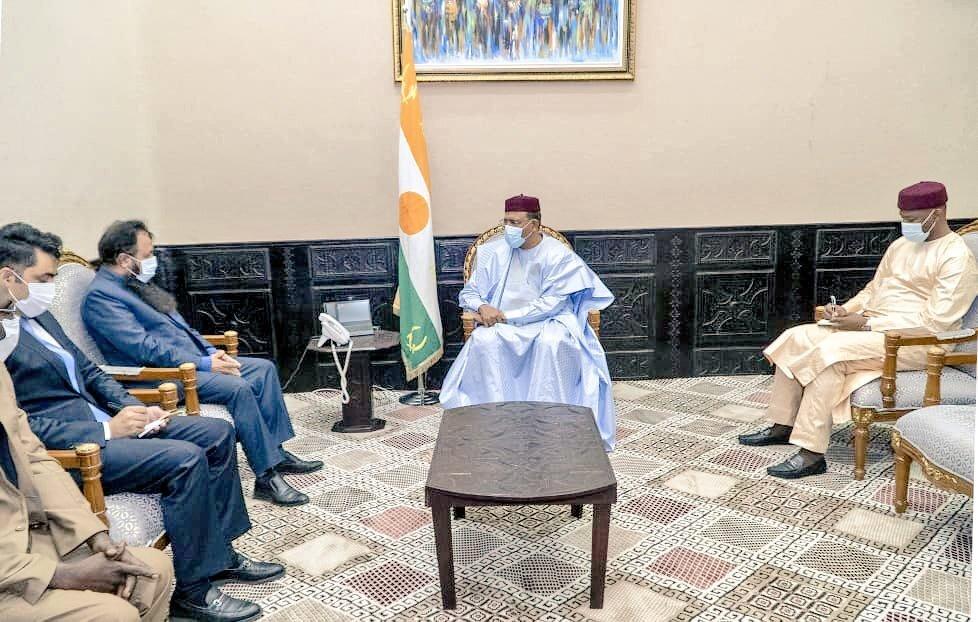 Le Président Mohamed Bazoum a accordé jeudi une audience à l'Ambassadeur du Pakistan au Niger