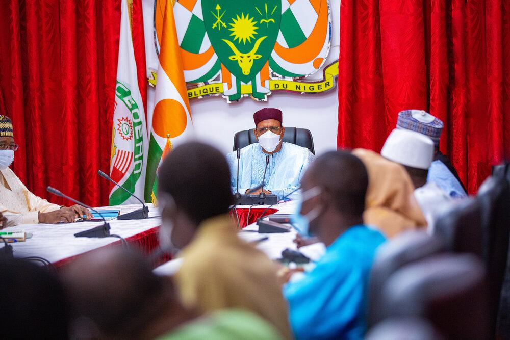 Le Président de la République, Chef de l'Etat, SEM Mohamed Bazoum, a reçu mercredi 5 mai 2021, au Palais de la Présidence, les cinq centrales syndicales représentatives du Niger.