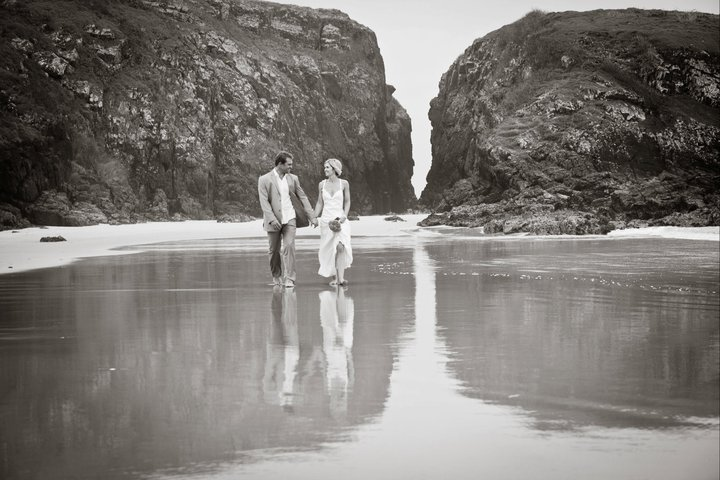 Delicate Nobby Wedding, Crescent Head Wedding