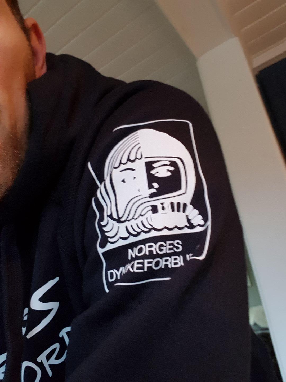Logo med Norges Dykkeforbund