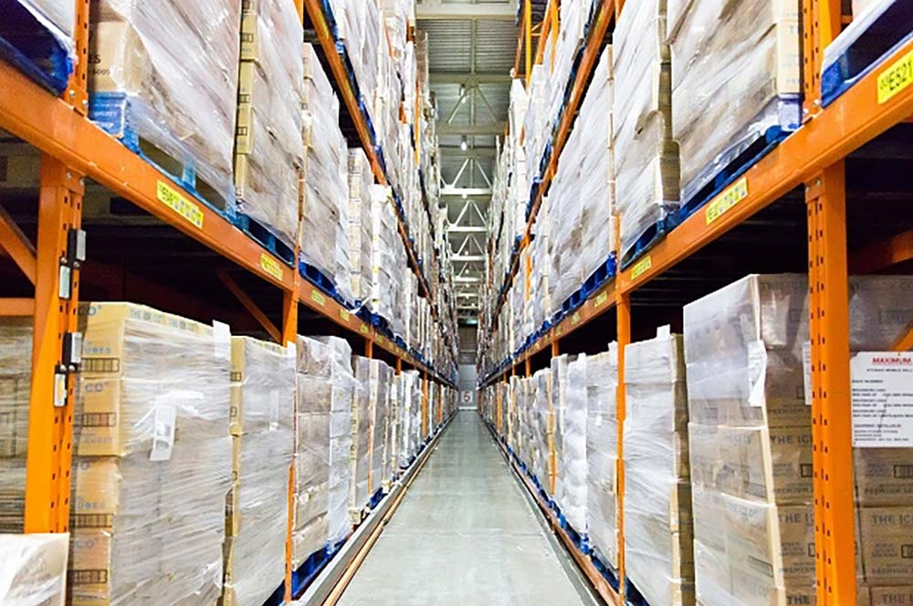 UK and Europe Ice Delivery  - All About Ice Europe can supply using a delivery chain of ice to all UK destinations. This includes cubed and crushed ice. We can supply 1 pallet to a full 24 pallet truckload. We can also can supply 4 to 24 pallets into most European destinations. Send us your ice requirements including your address postcode or zip location and we can quote you.