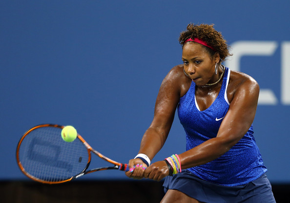 Taylor Townsend playing with gel manicure. Getty Images