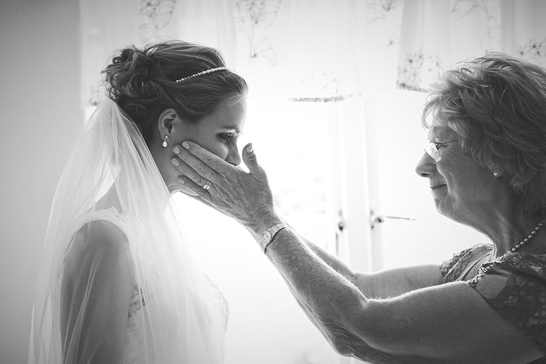 Mother of the bride, Bride in wedding dress