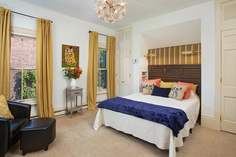 153_West-Canton-Street__153wcantonbedroom2_595961.jpg