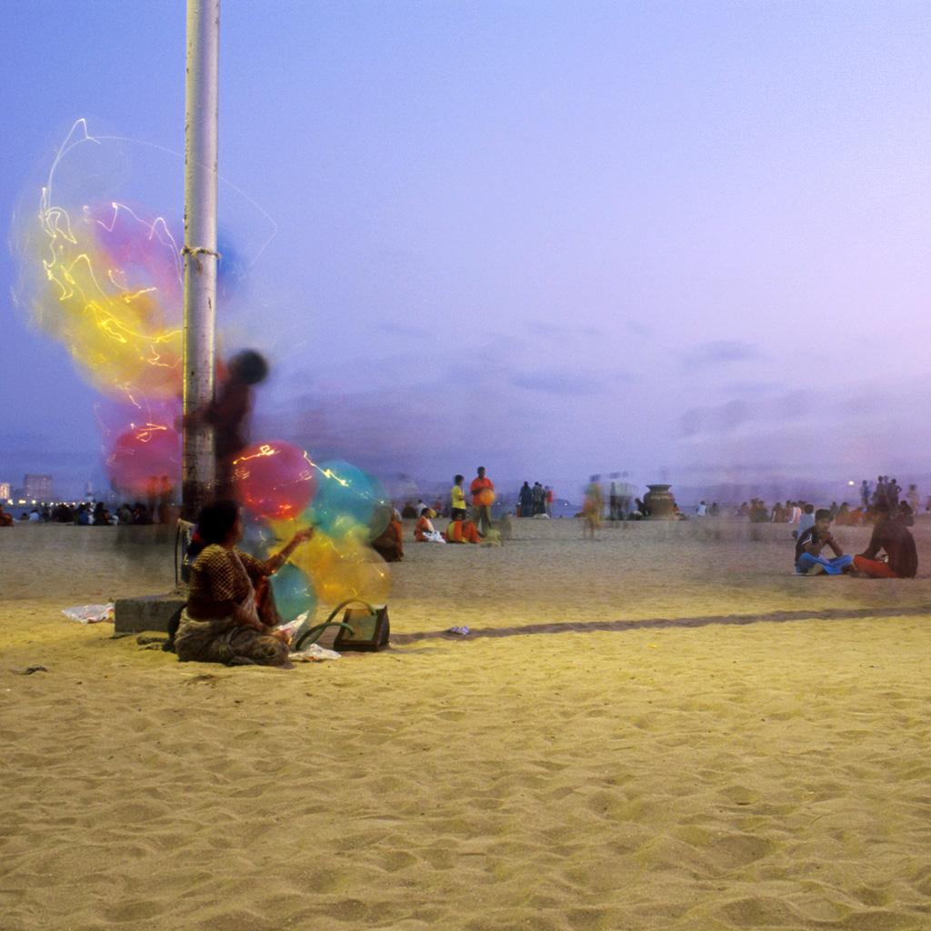 Le soir sur la plage de Chowpatty à Bombay