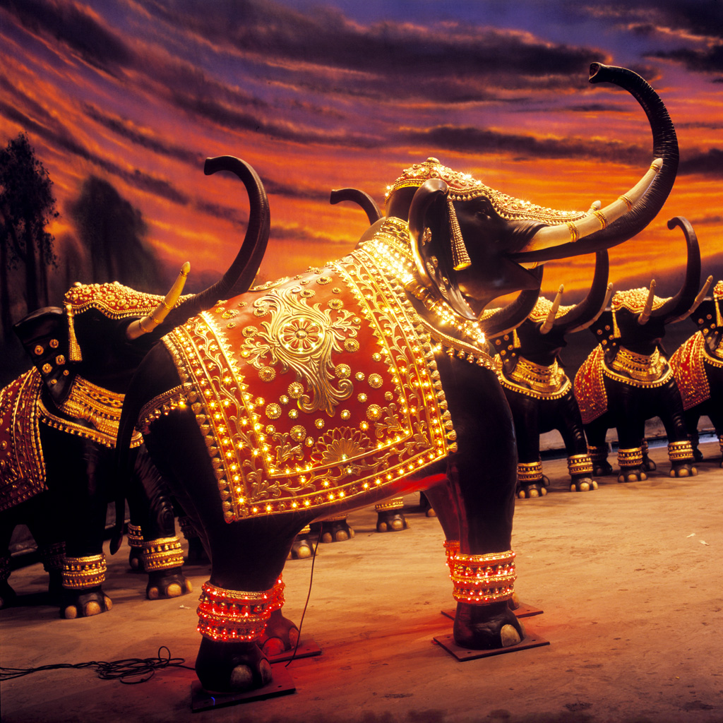 Les éléphants créés par Nitin Desaï