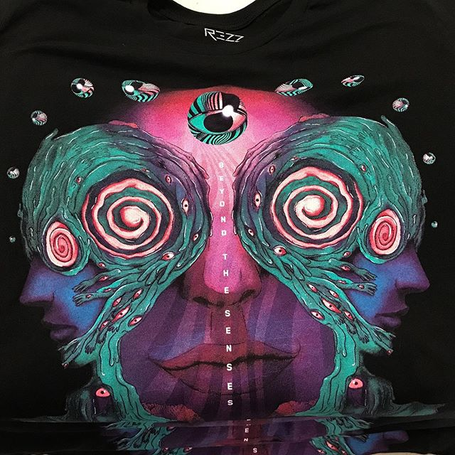 @officialrezz high color count index prints got us going into the weekend like 👌