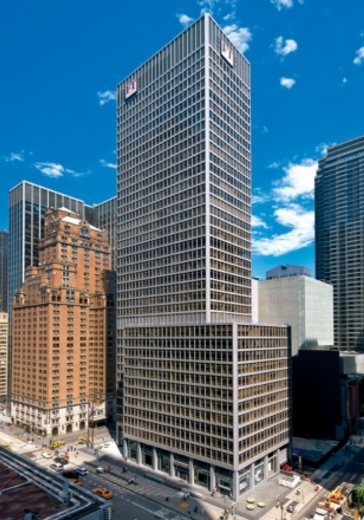 1330 Avenue of the Americas sold by Naomi to Japanese insurance company Shuwa Corporation.
