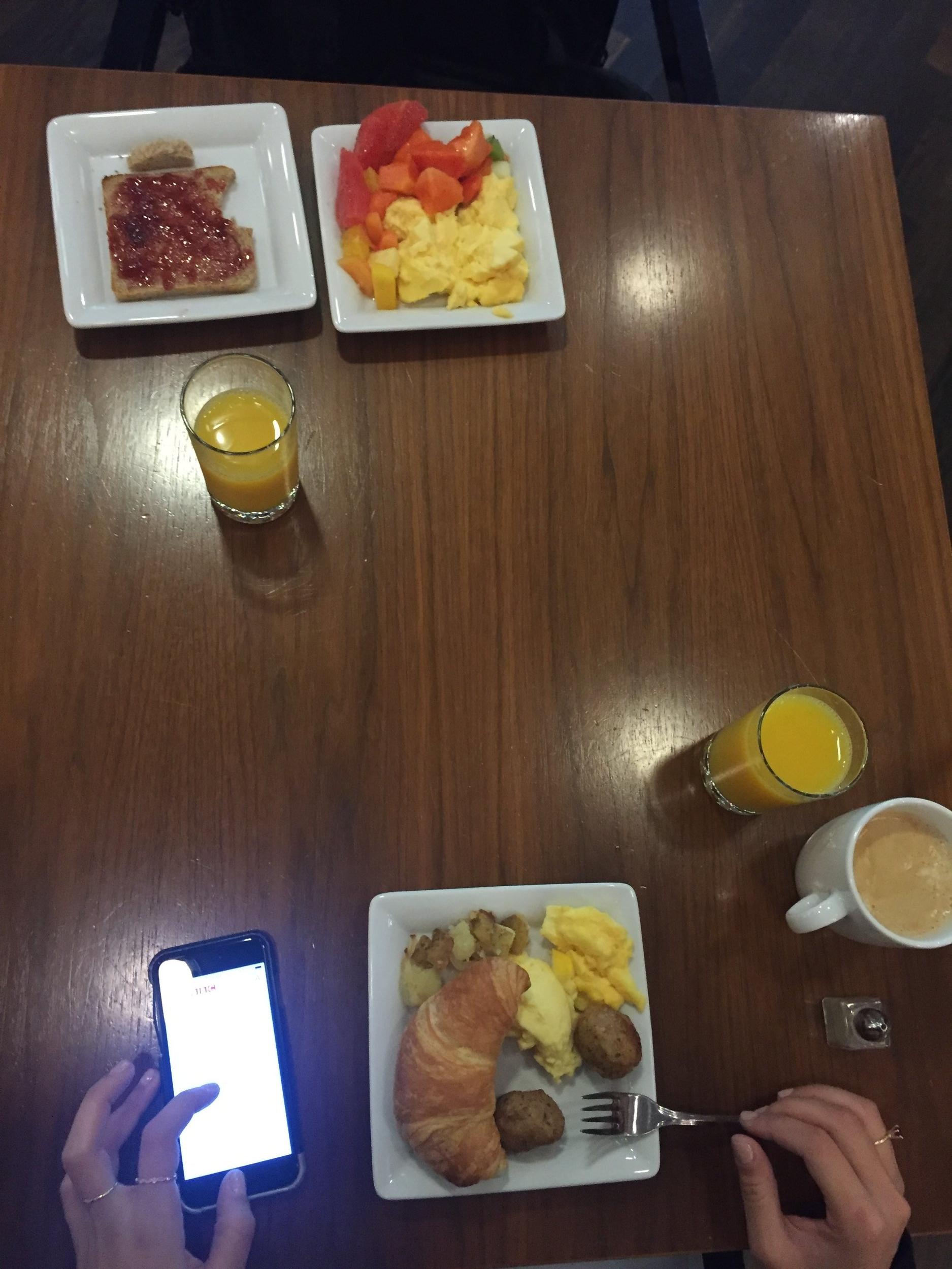 Breakfast 1/3