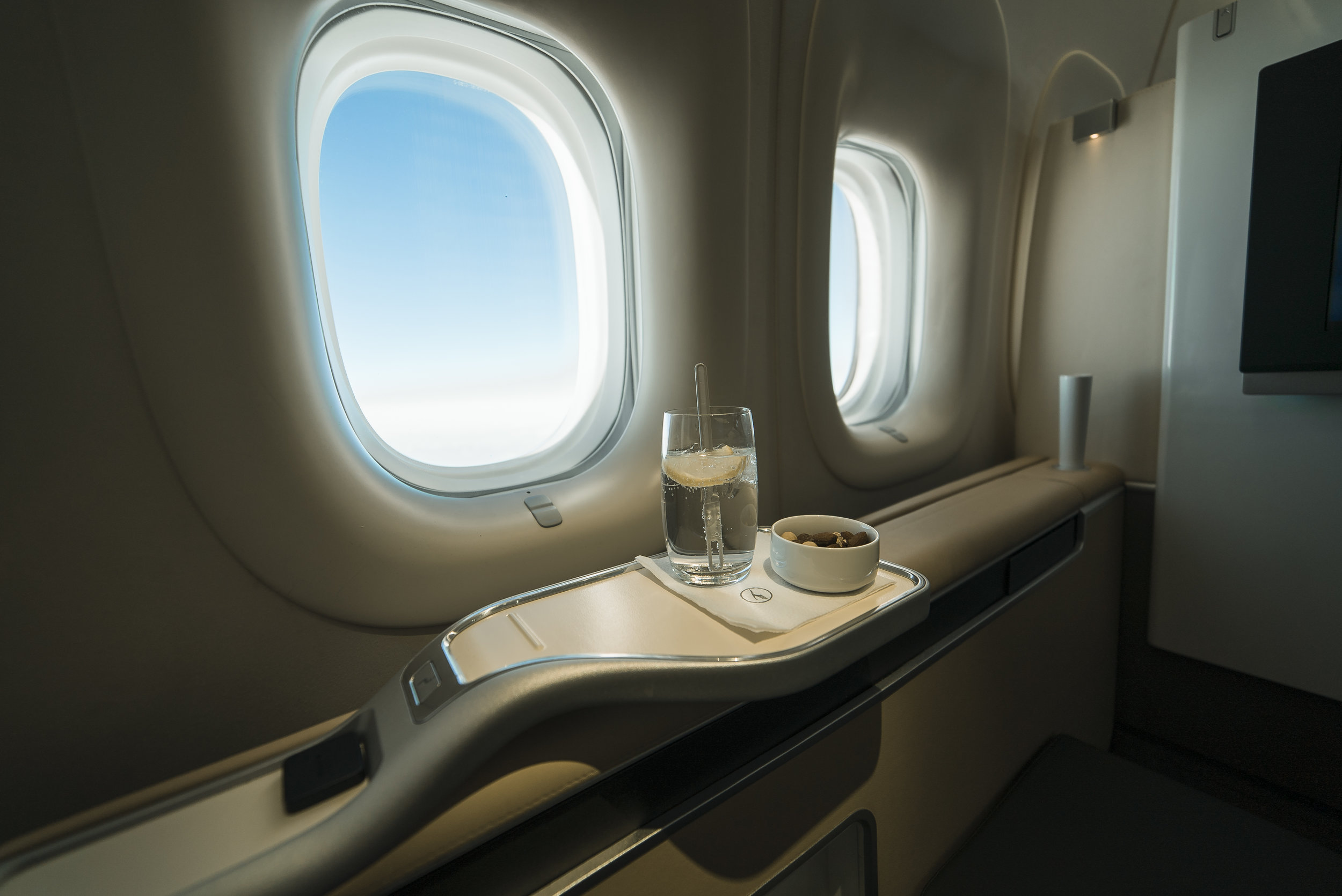 Flight Review - First class for business class prices, an unbeatable way to fly!