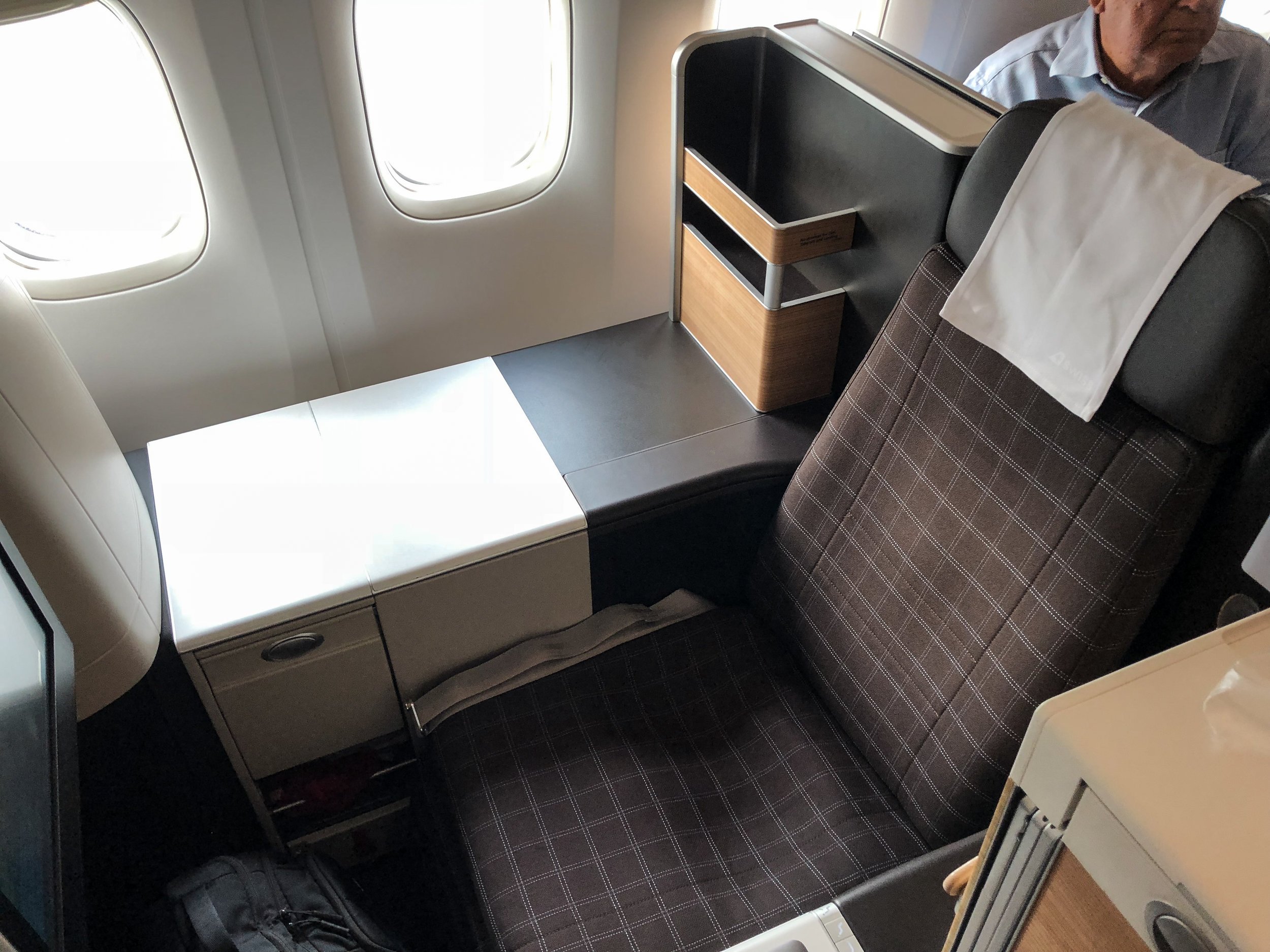 Swiss Business Class 777 throne seat