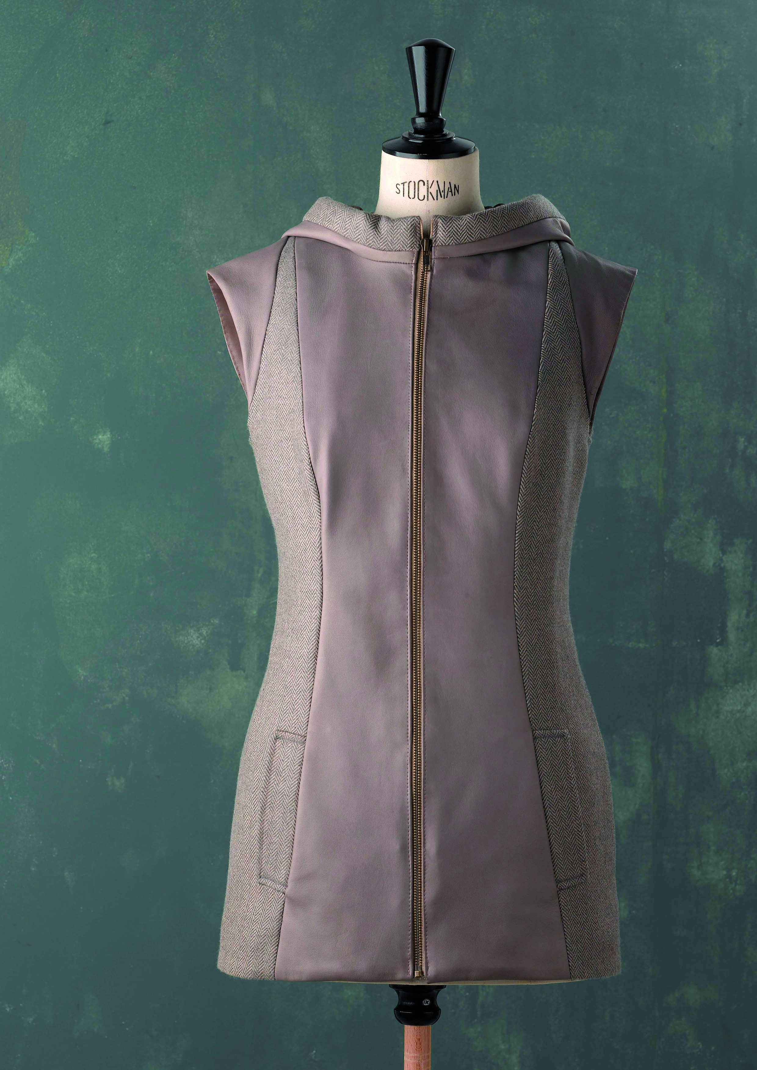 LAKA Sleeveless jacket