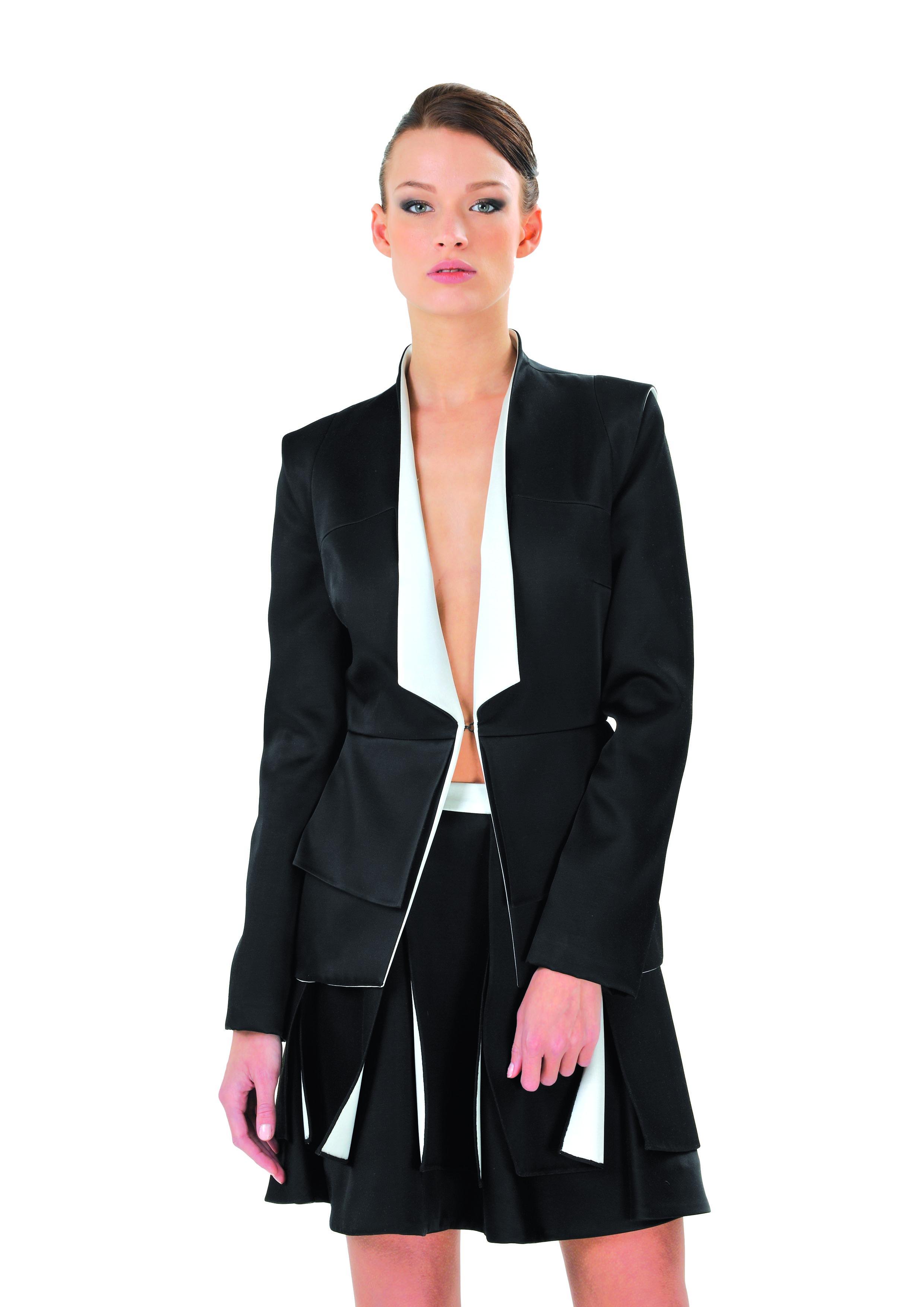 ANNARA Jacket & MAHINA Skirt