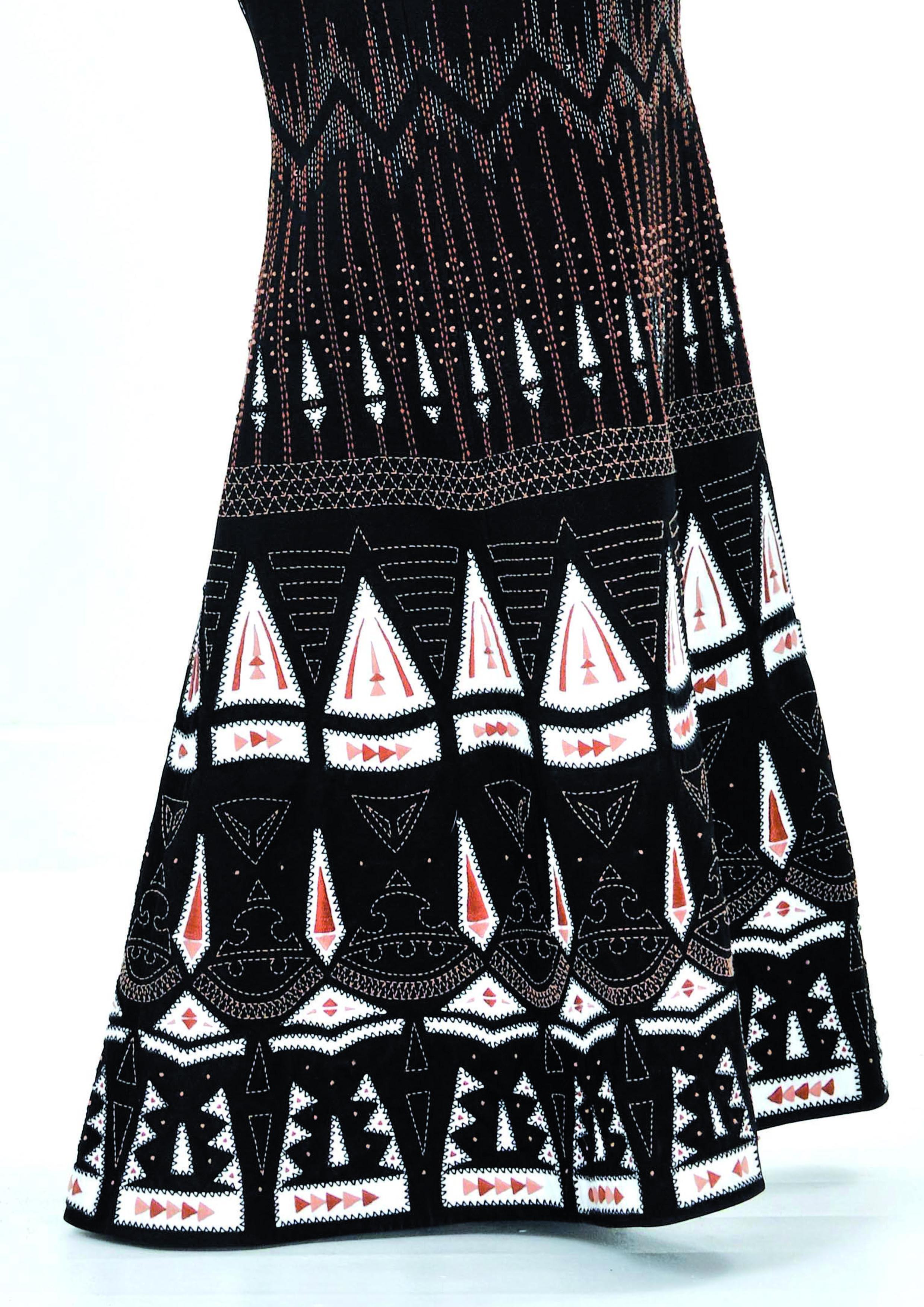 NAYANKA Dress details