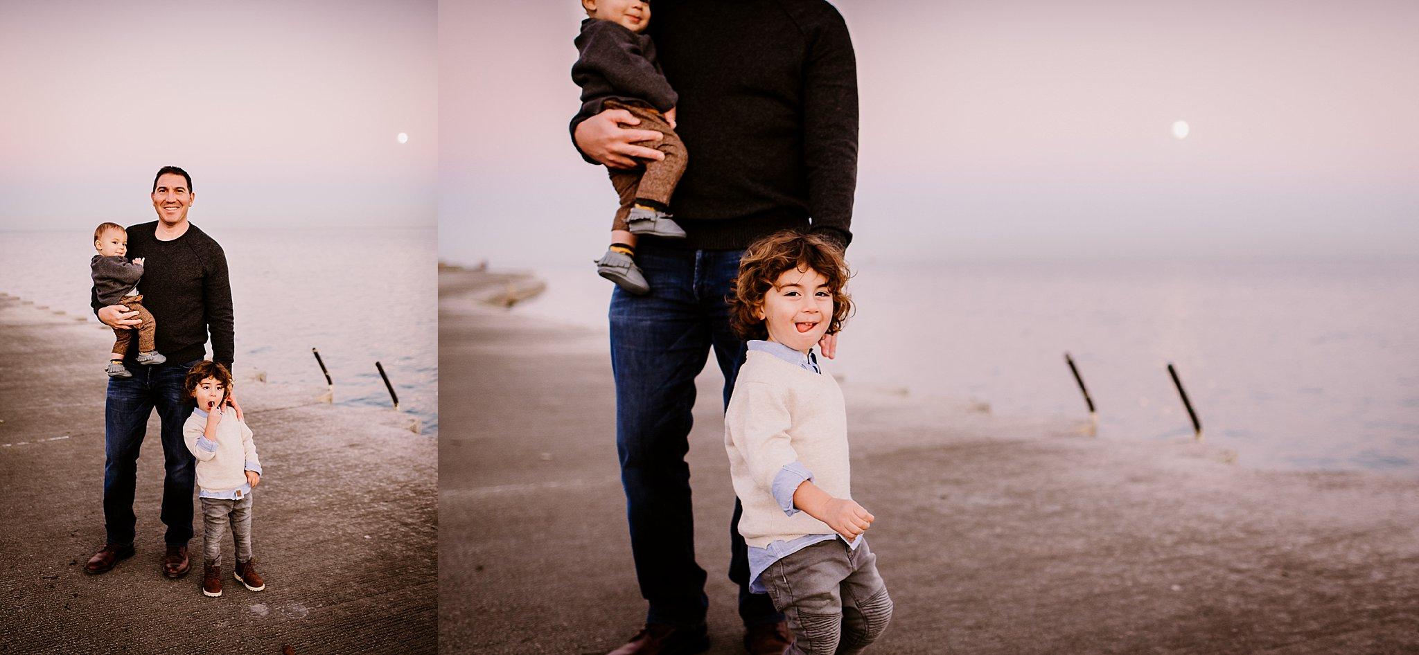 chicago family photographers www.heatherhackney.com montose harbor family session.jpg