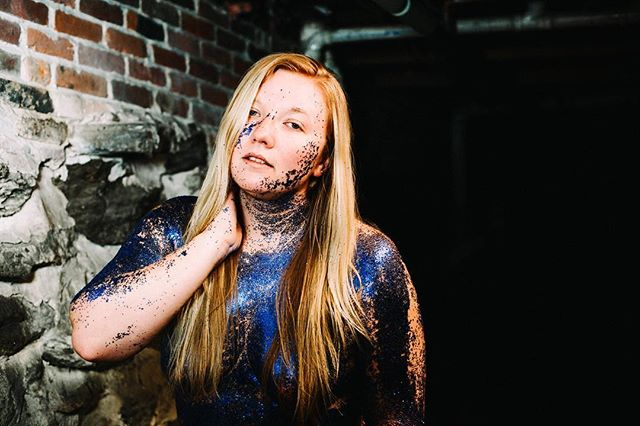Too glam to give a damn. 💙 #body #bodylove #boudoirexperience #boudoirphotography #celebrate #adore #gorgeous #maineboudoir #mainephotographer #boudoir #bodyglitter #glitter #sparkle #industrial #fashion #blonde #blue