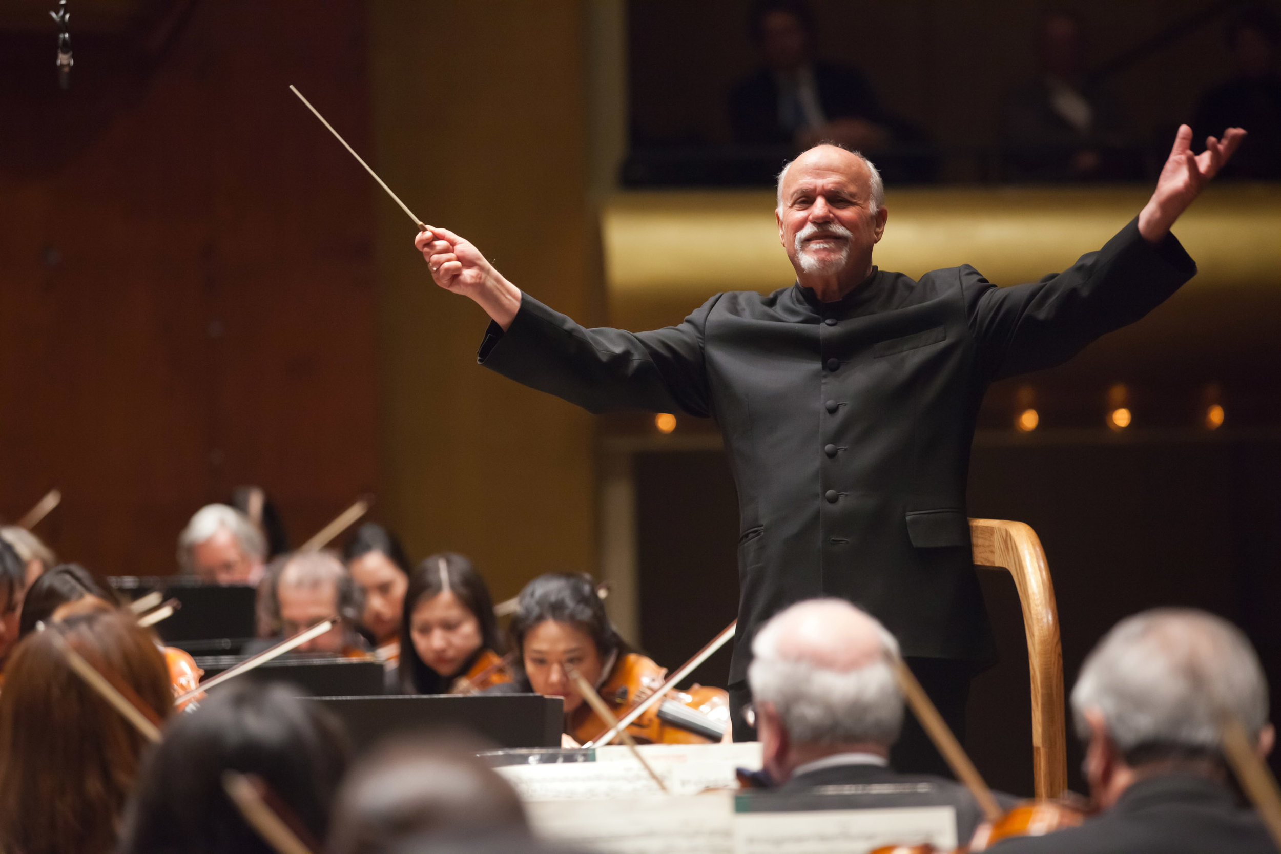 Led by David Zinman,  The Modern Beethoven  (March 2012) honored the composer's original vision and explored Beethoven's world from a modern perspective, coupling his symphonies with three 20th-century concertos reflecting a different aspect of Beethoven.