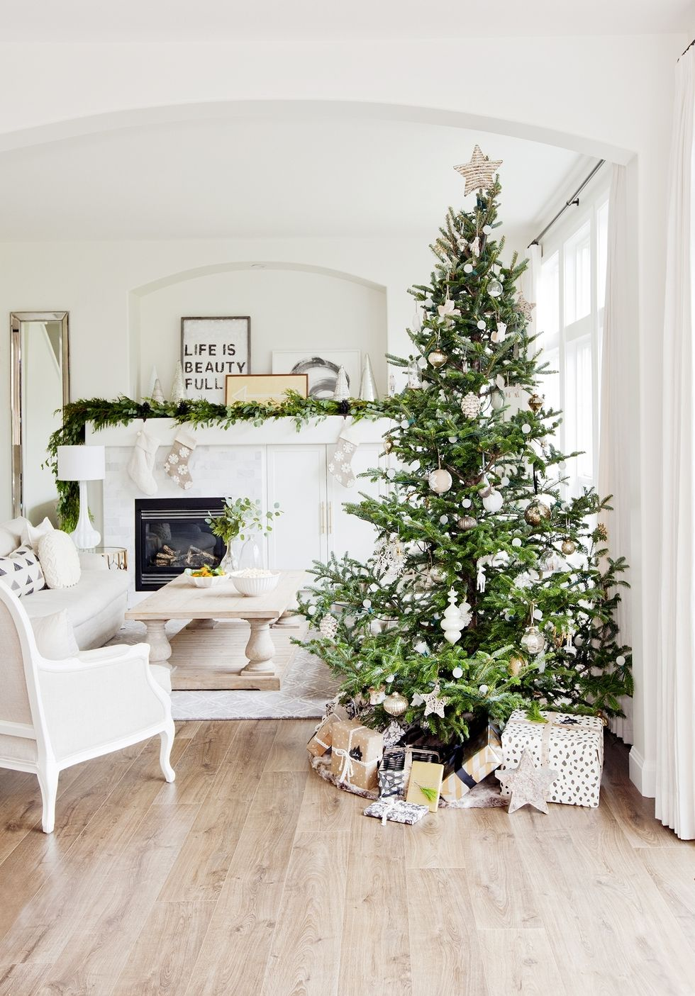 Christmas-Decor-Trends-2017-3.jpg