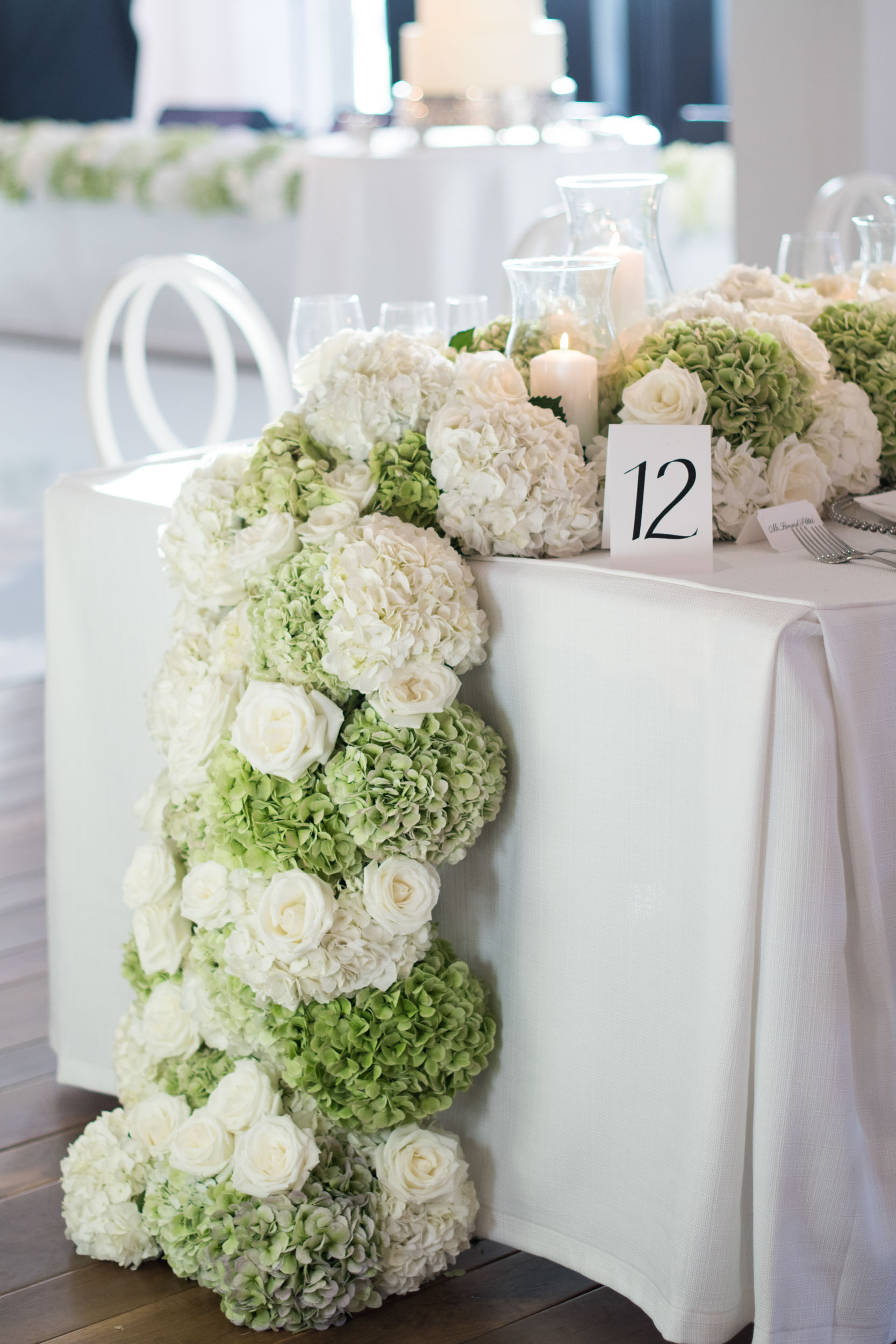 Floral table runner with hydrangeas and roses at Kiawah Island River Course.
