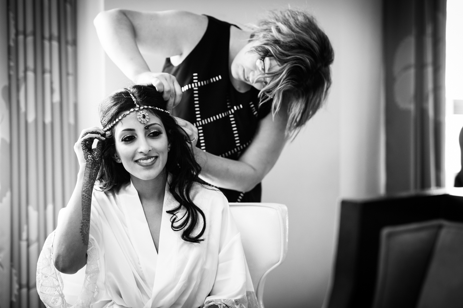 Bride gets ready at Palmer House in Chicago, Illinois