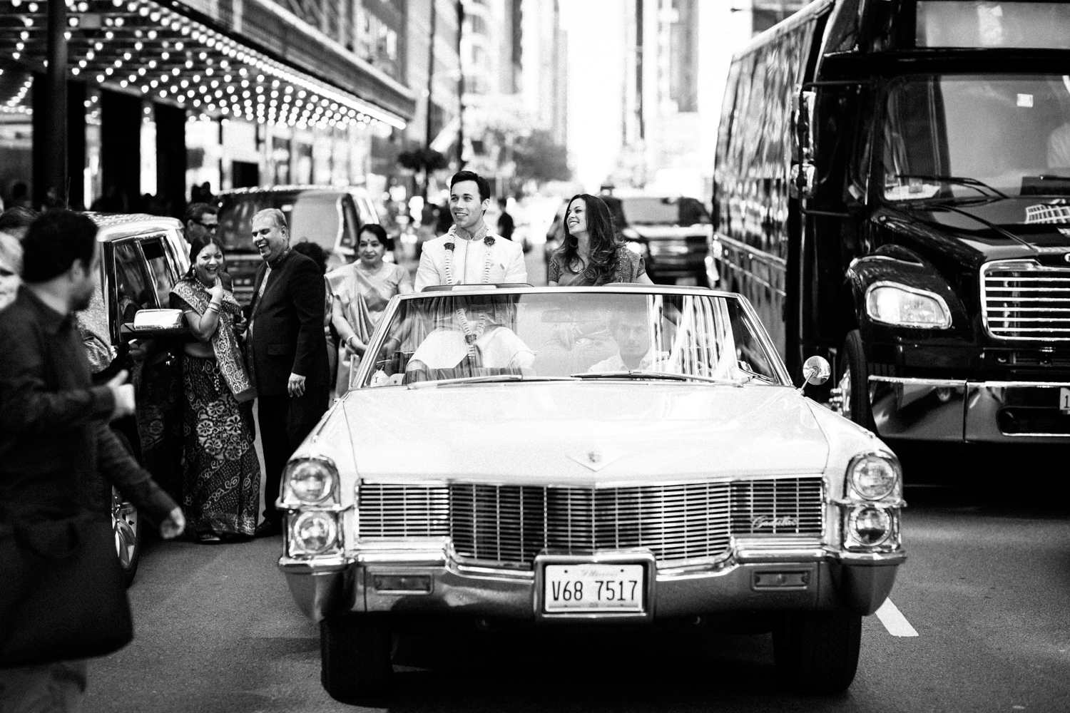 Photojournalistic image of downtown Chicago Baraat