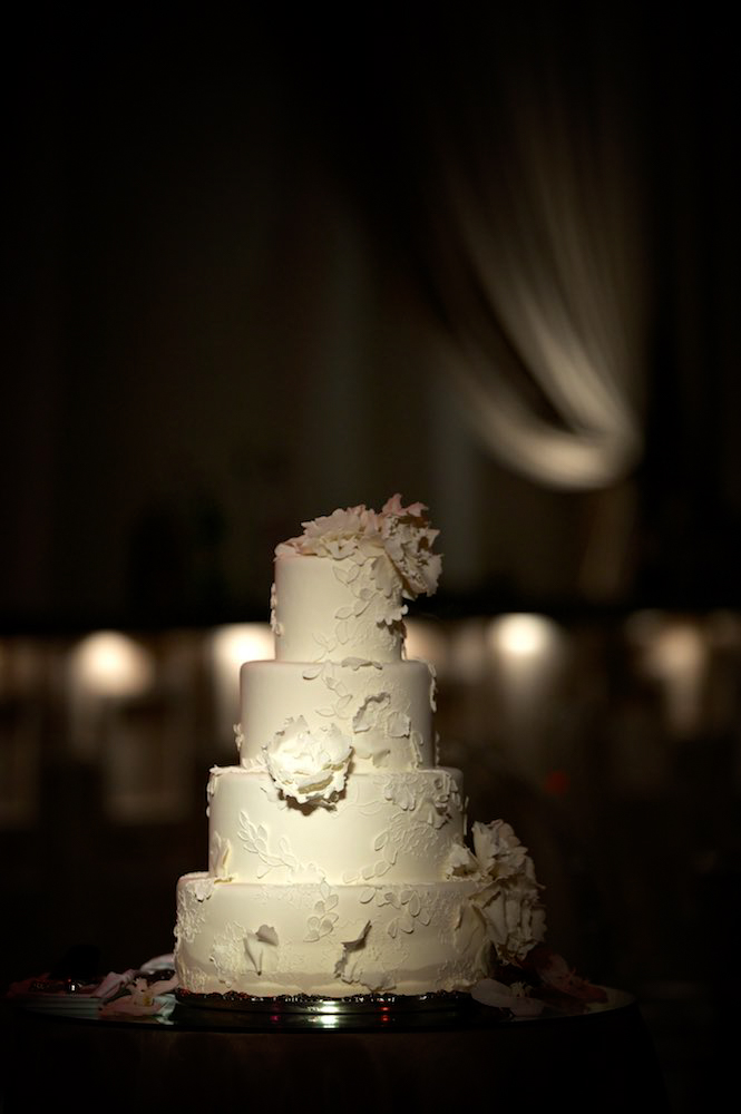 Wedding cake at Four Seasons Chicago