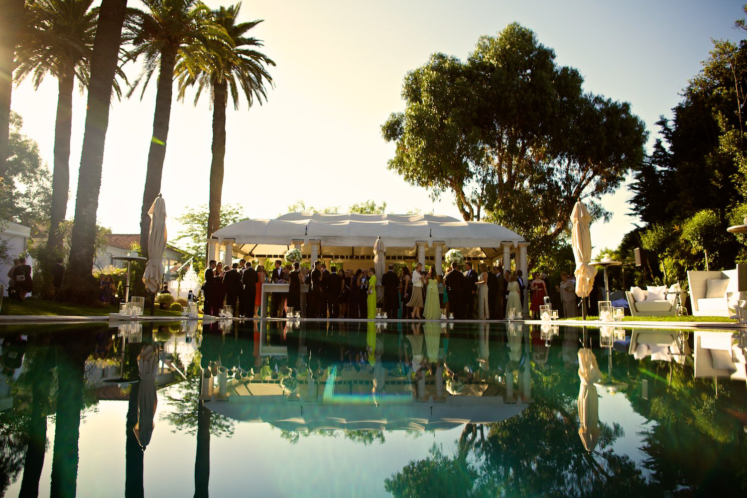 Cocktail hour at Chateau de la Messardiere wedding in Saint Tropez