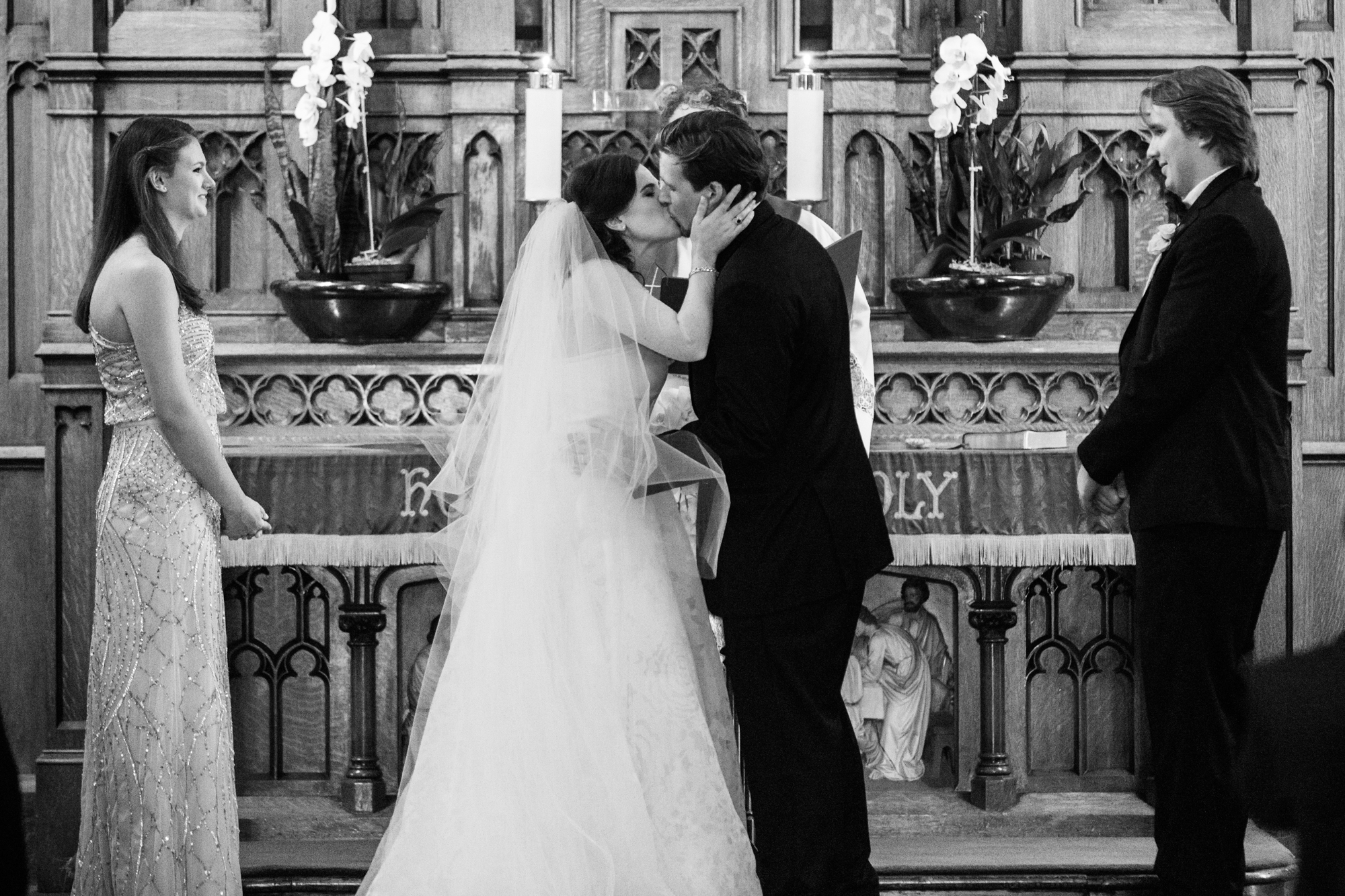 Wedding ceremony at St James Lutheran Church in Chicago, IL.