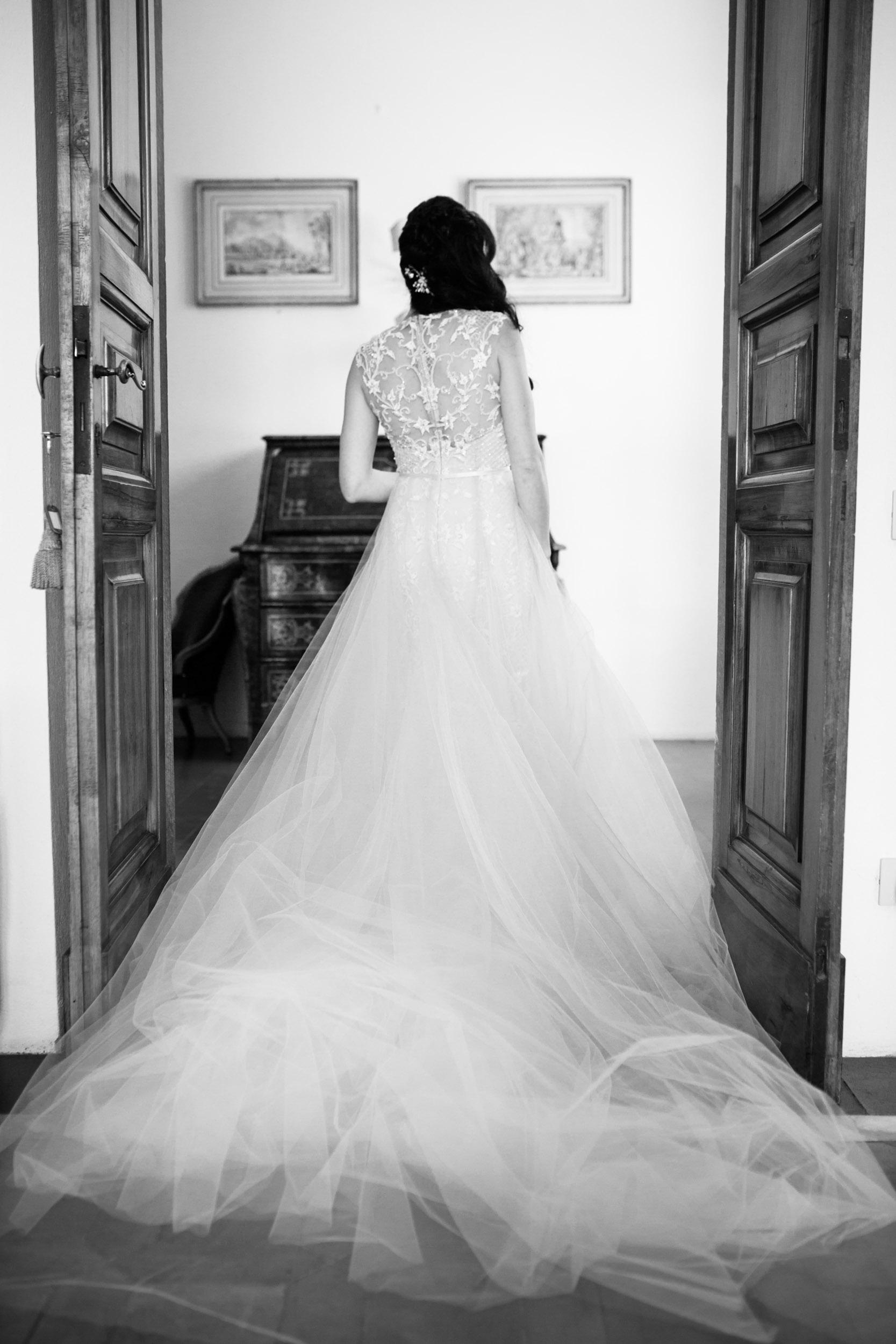 villa-gamberaia-florence-italy-destination-wedding-14.jpg