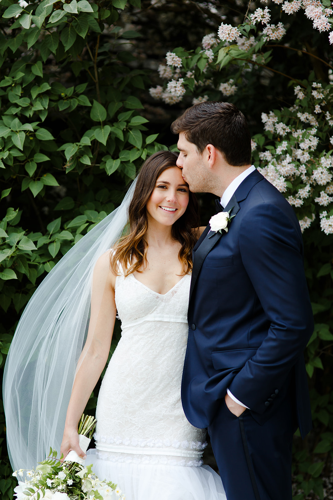 Romantic editorial wedding portraits of a bride and groom in Wisconsin