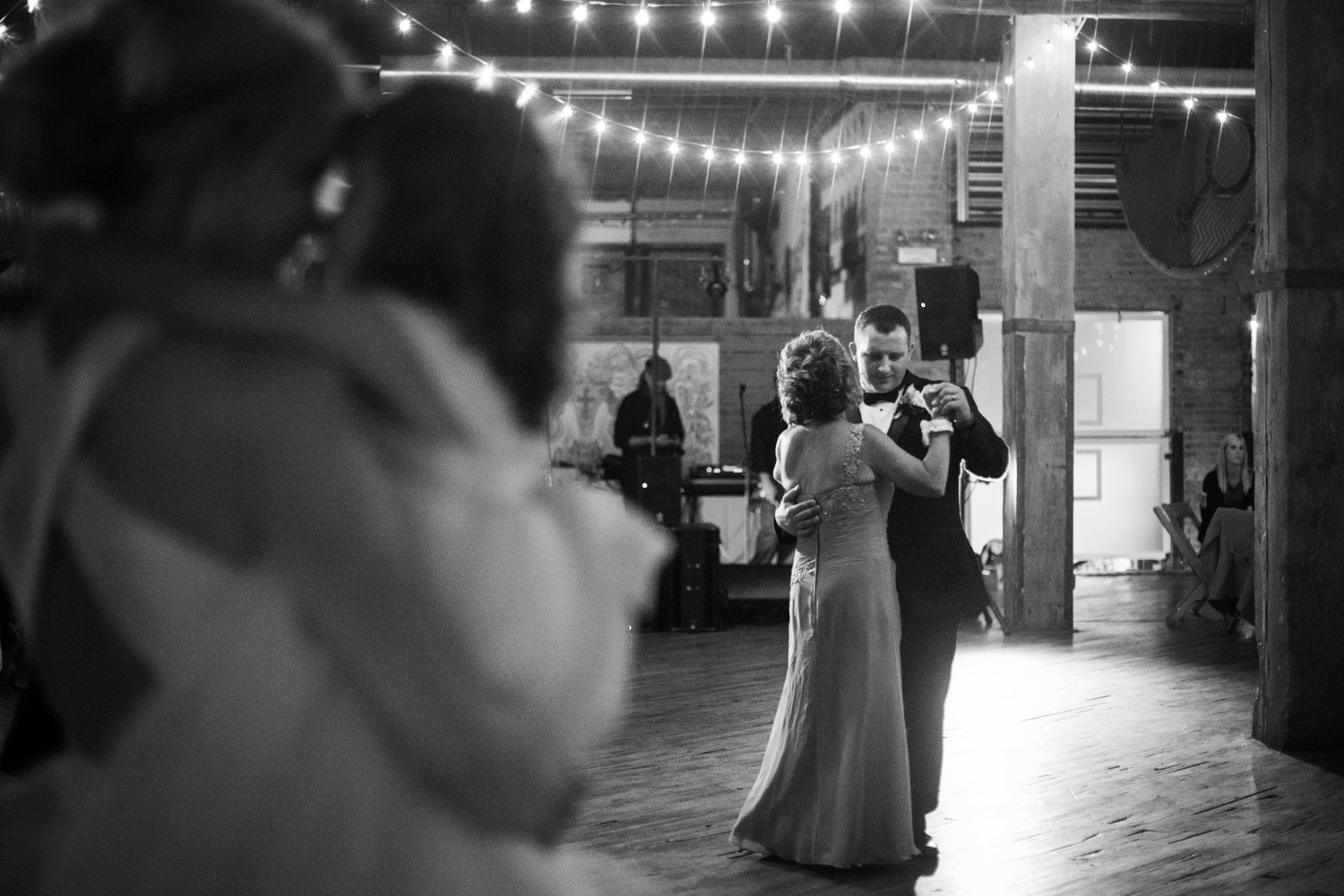 chicago wedding photographer_44.jpg