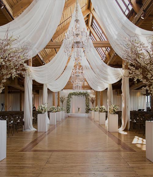 springtime Loft wedding - bridgeport art center chicago
