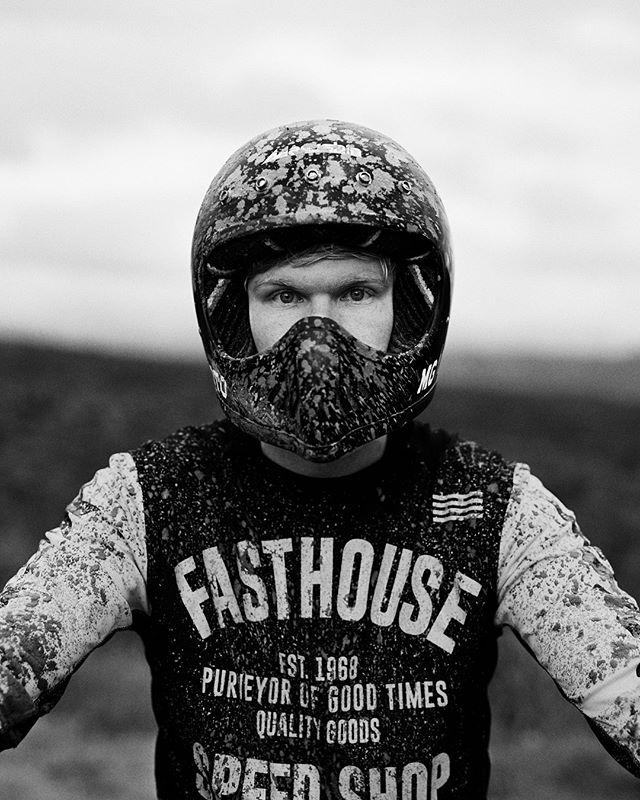 Some motocross fun from the other day 🛵 . . #ZeroFuchsGiven #Porsche #993 #luftgekühlt #000magazine #911 #aircooled  #carrera #ruf #SaveTheManuals  #911S #rennlist #keyontheleft #PorscheClassic  #luftgekuhlt #porschemoment #eurospec #964 #yesporsche #getoutanddrive #porsche911  #ClassicDriver #DriveVintage #SportsCarTogether