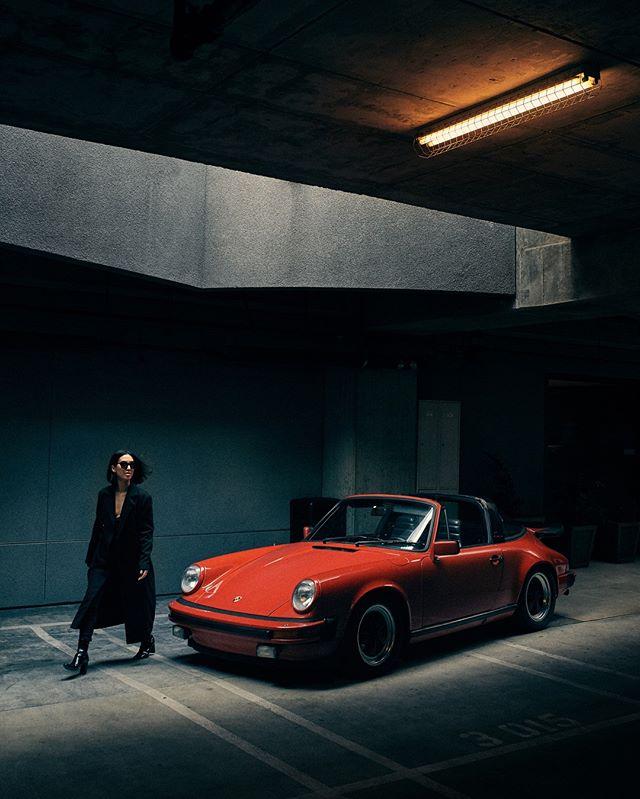 All parking lines were ignored 🚘 @taniasarin @mikaikarl . . . #ZeroFuchsGiven #Porsche #993 #luftgekühlt #000magazine #911 #aircooled  #carrera #ruf #SaveTheManuals  #911S #rennlist #keyontheleft #PorscheClassic  #luftgekuhlt #porschemoment #eurospec #964 #yesporsche #getoutanddrive #porsche911  #ClassicDriver #DriveVintage #SportsCarTogether #Type7 #apaphoto