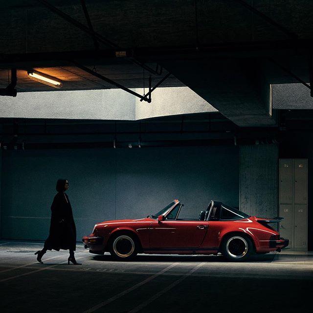 @taniasarin / @porsche . . #ZeroFuchsGiven #Porsche #993 #luftgekühlt #000magazine #911 #aircooled  #carrera #ruf #SaveTheManuals  #911S #rennlist #keyontheleft #PorscheClassic  #luftgekuhlt #porschemoment #eurospec #964 #yesporsche #getoutanddrive #porsche911  #ClassicDriver #DriveVintage #SportsCarTogether #type7 #apaphoto