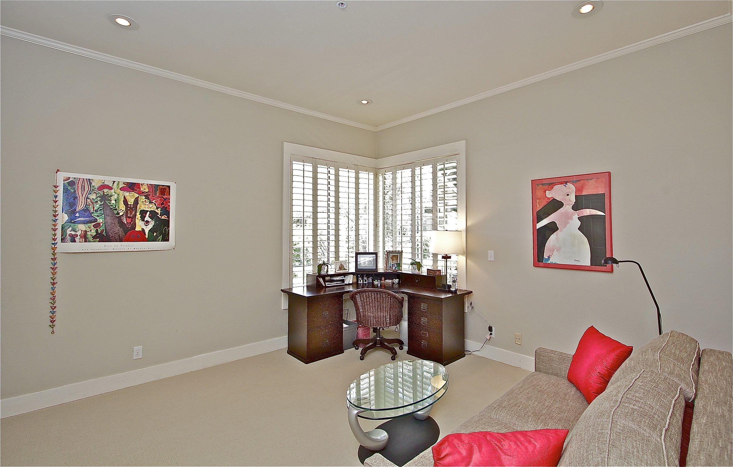 11. Bedroom 4 - Office .jpg