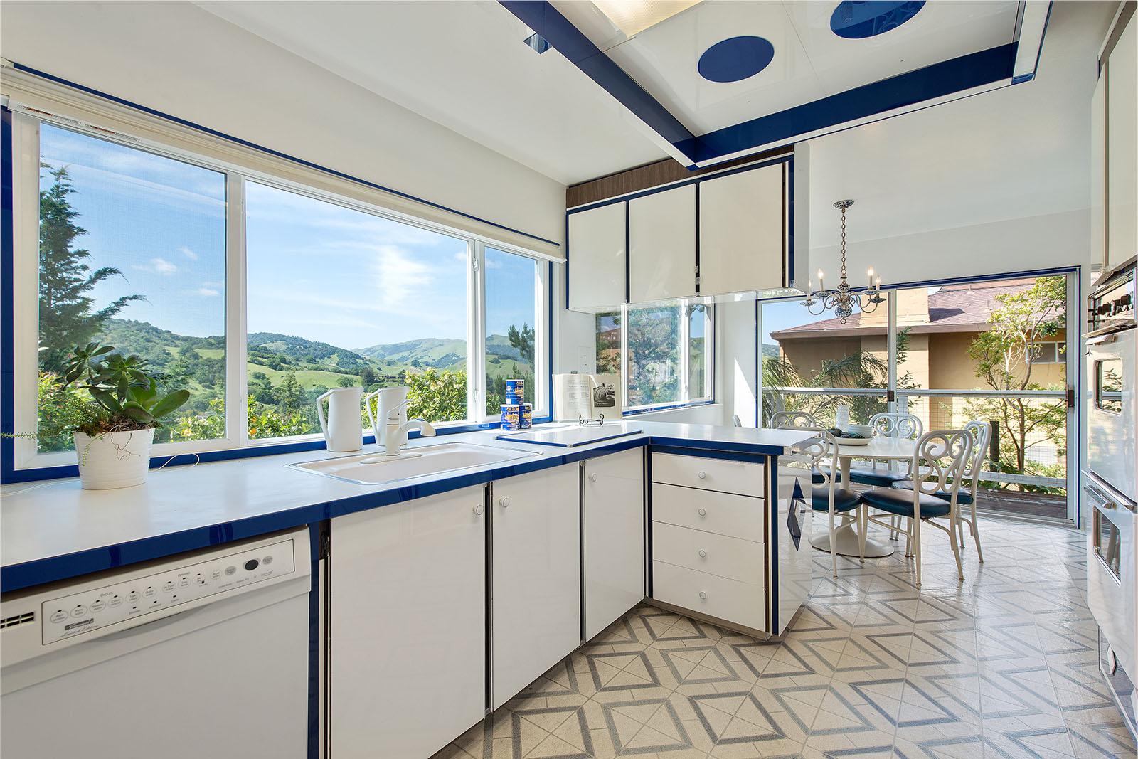 Kitchen - windows views.jpg