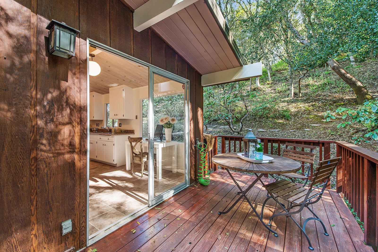 Kitchen deck.jpg
