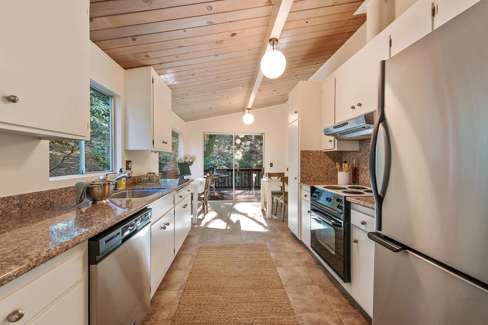 Kitchen to breakfast nook.jpg