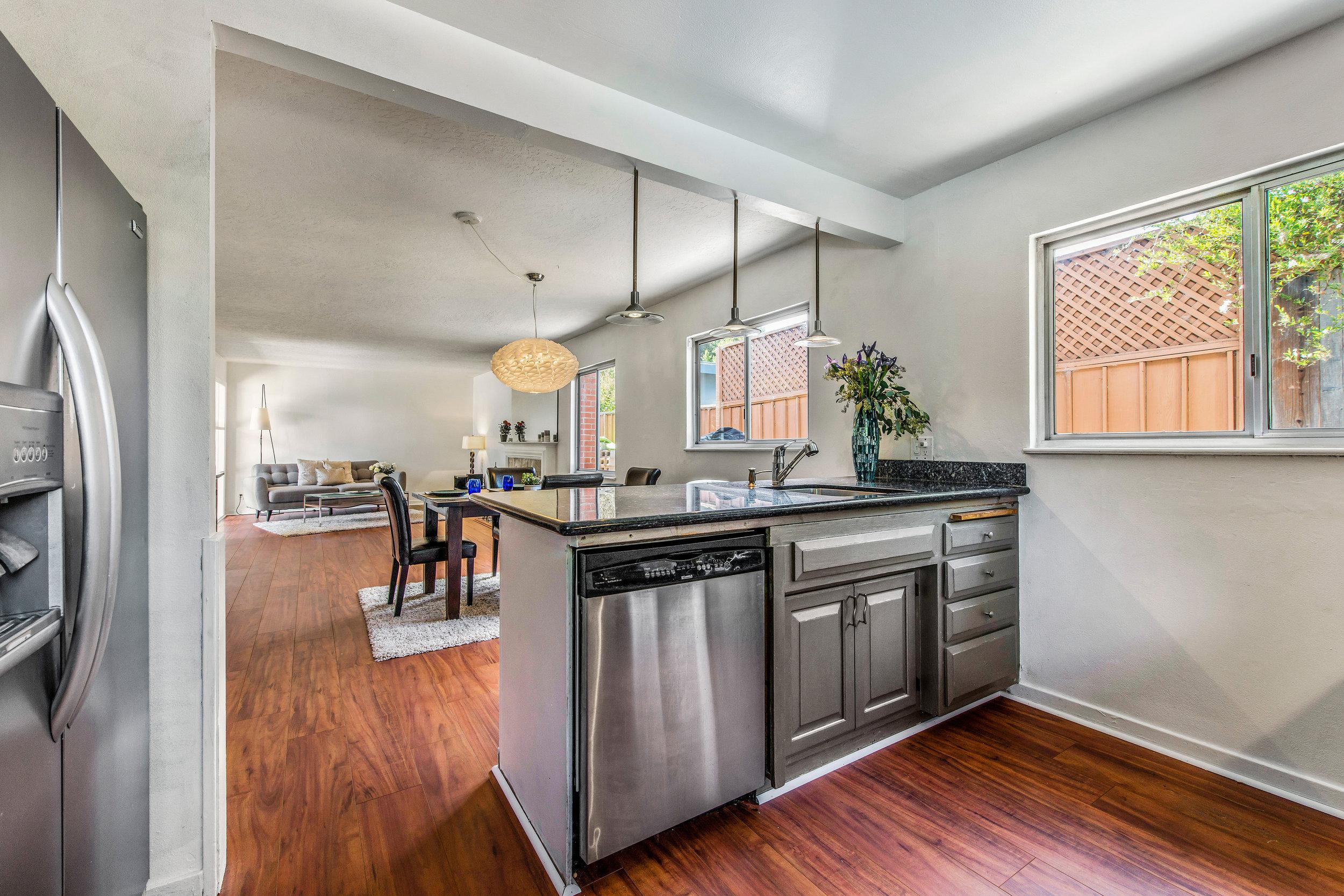 Kitchen 3 - LR DR.jpg