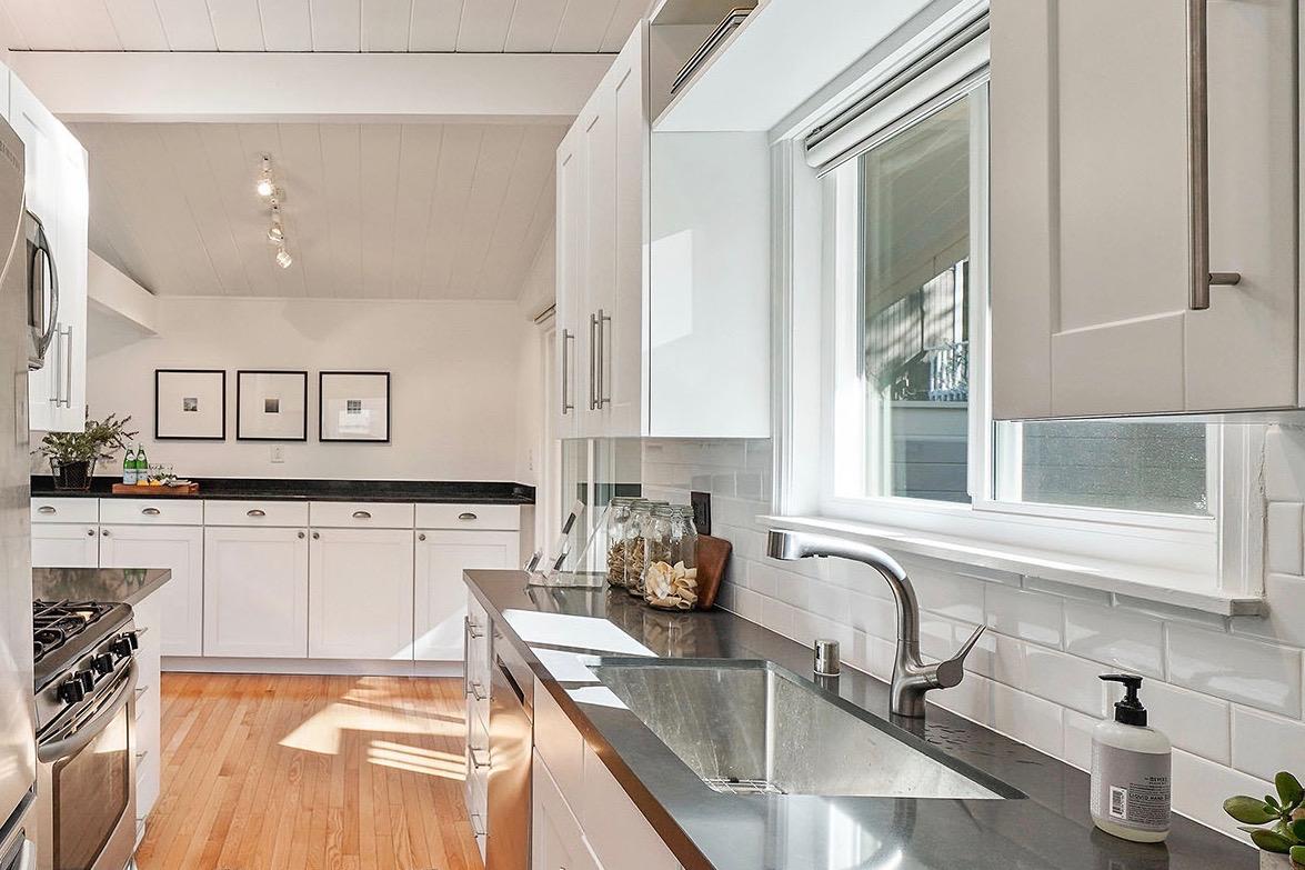 Kitchen 4 - sink.jpeg