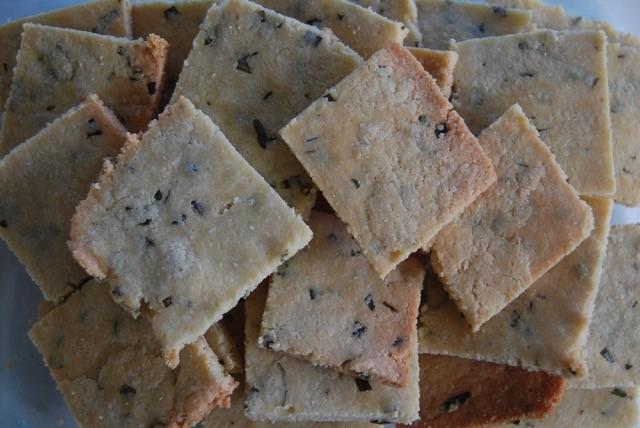 rosemary almond flour 2.jpg