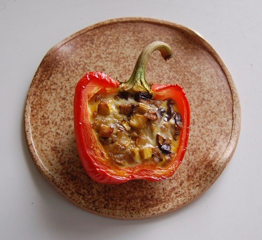 stuffed breakfast pepper.jpg