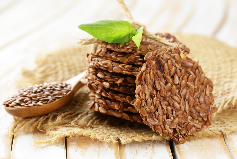 flaxseed crackers.jpg