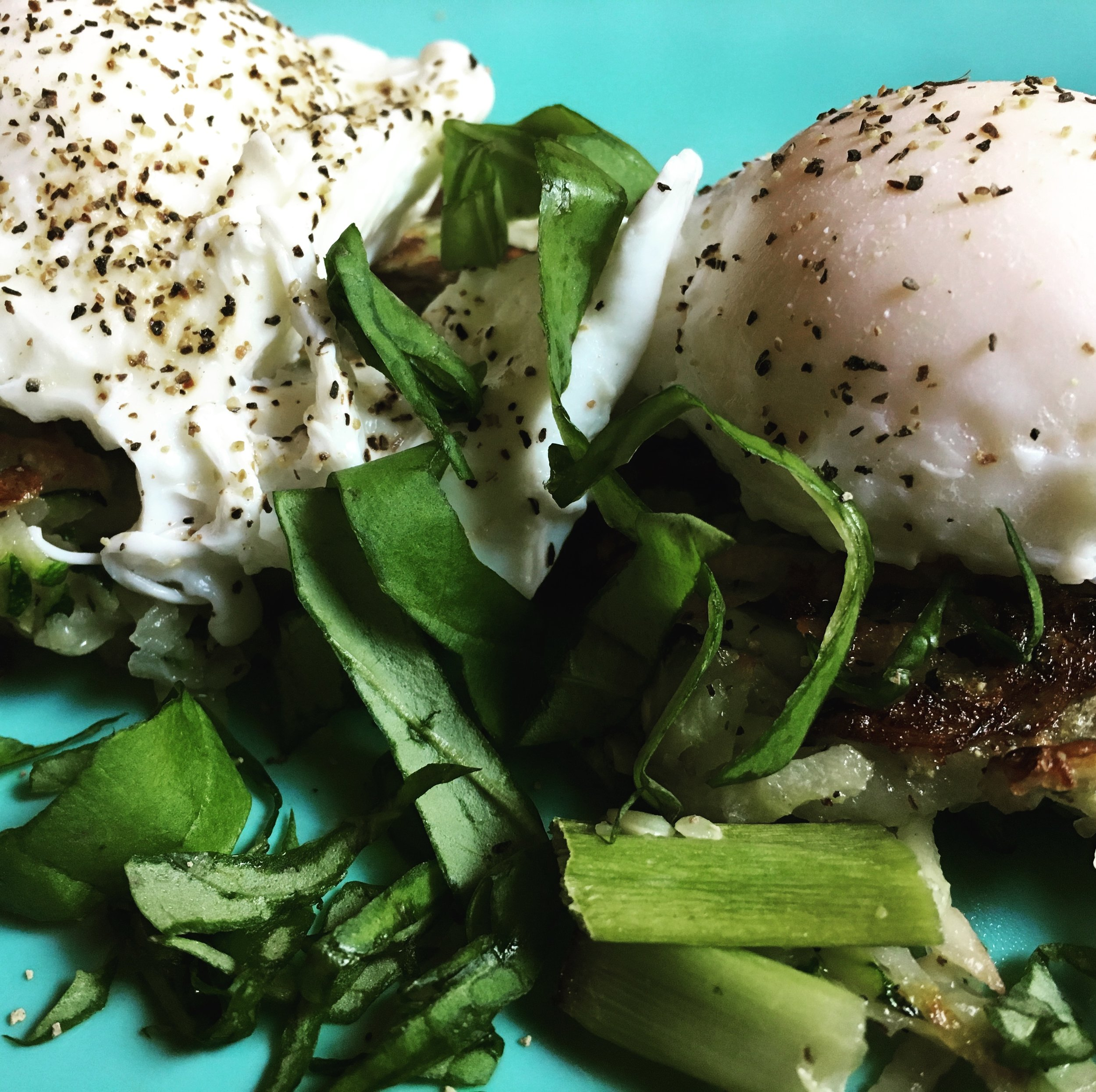 Poached Eggs  in Zucch-Pot Nests.JPG