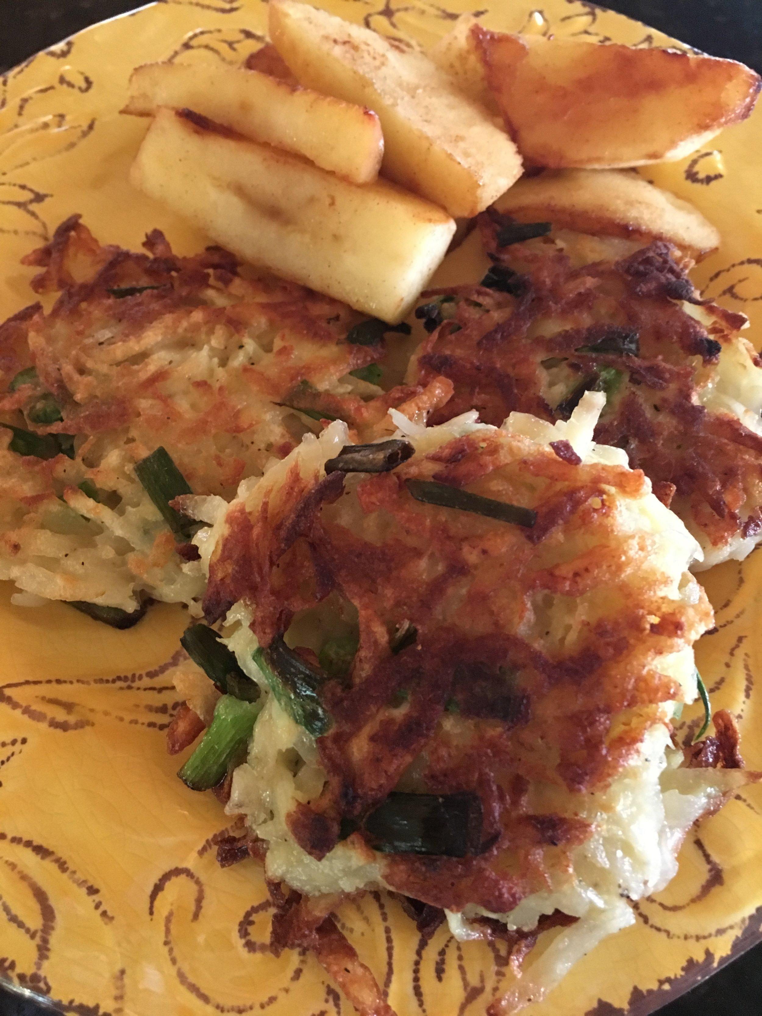 Potato Pancakes w Apples.JPG