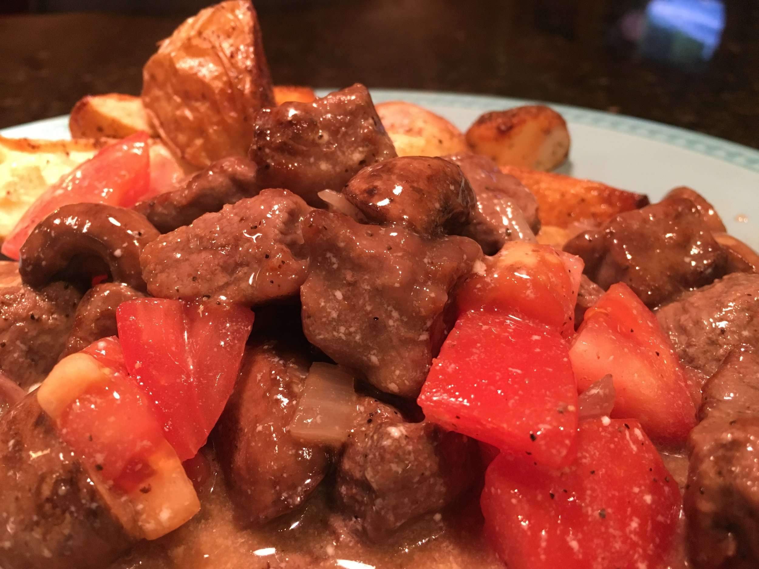 Quick Beef & Mushroom Stew w Roasted Potatoes.JPG