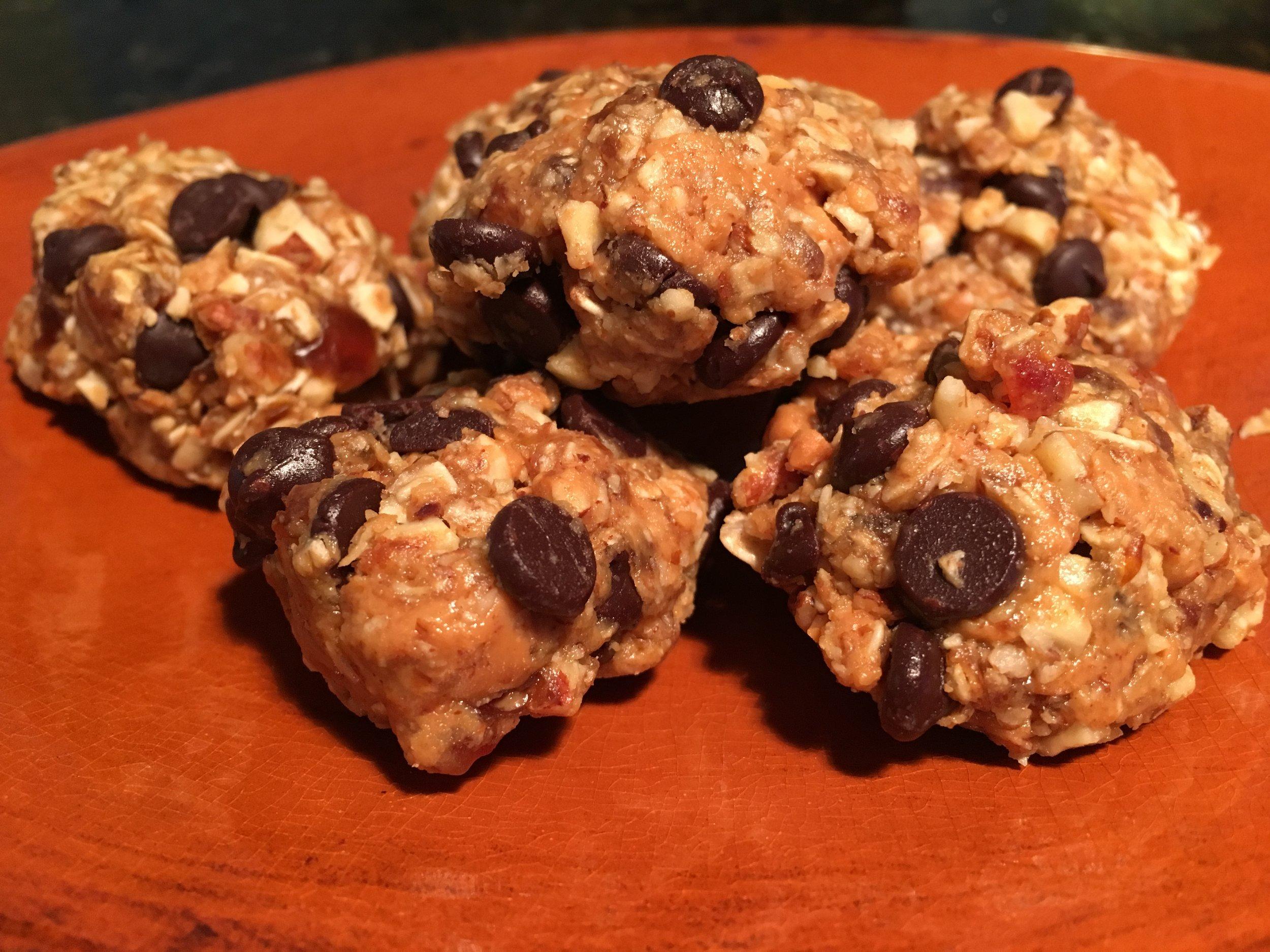 No-Bake Choc Chip Oatmeal Cookies.JPG