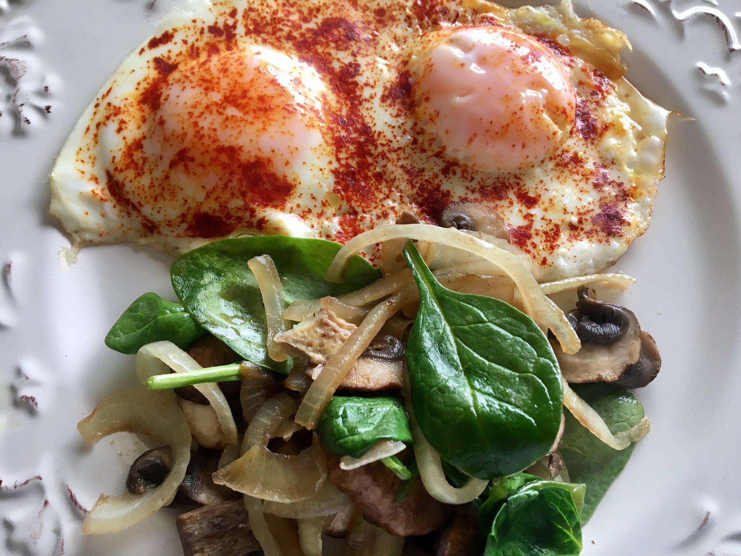 Turmeric Eggs w Onions%2c Mushrooms%2c & Spinach.JPG